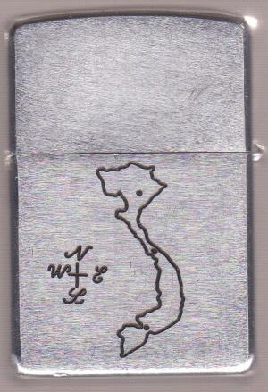 Collection de zippo-rolf (partie...) - Page 17 James-Berry-300-2_1